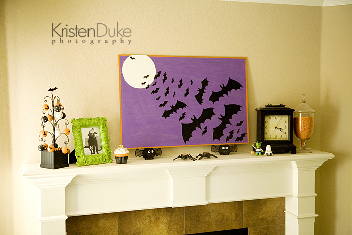 halloween mantle with halloween bat painting